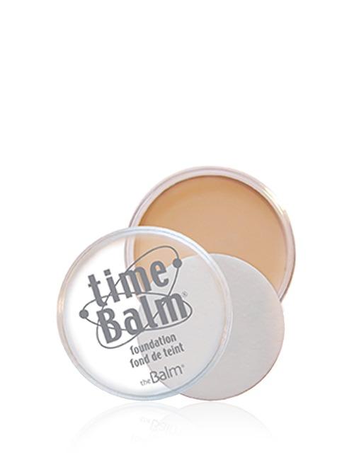 Closeup   thebalm foundation lightmedium